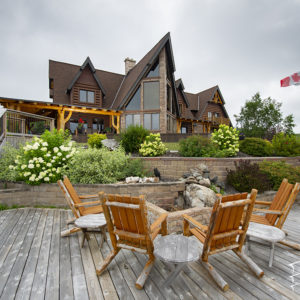 nextgen_logs_concrete_log_siding_round_hand_peeled_sault_ste_marie_canada_residence_014